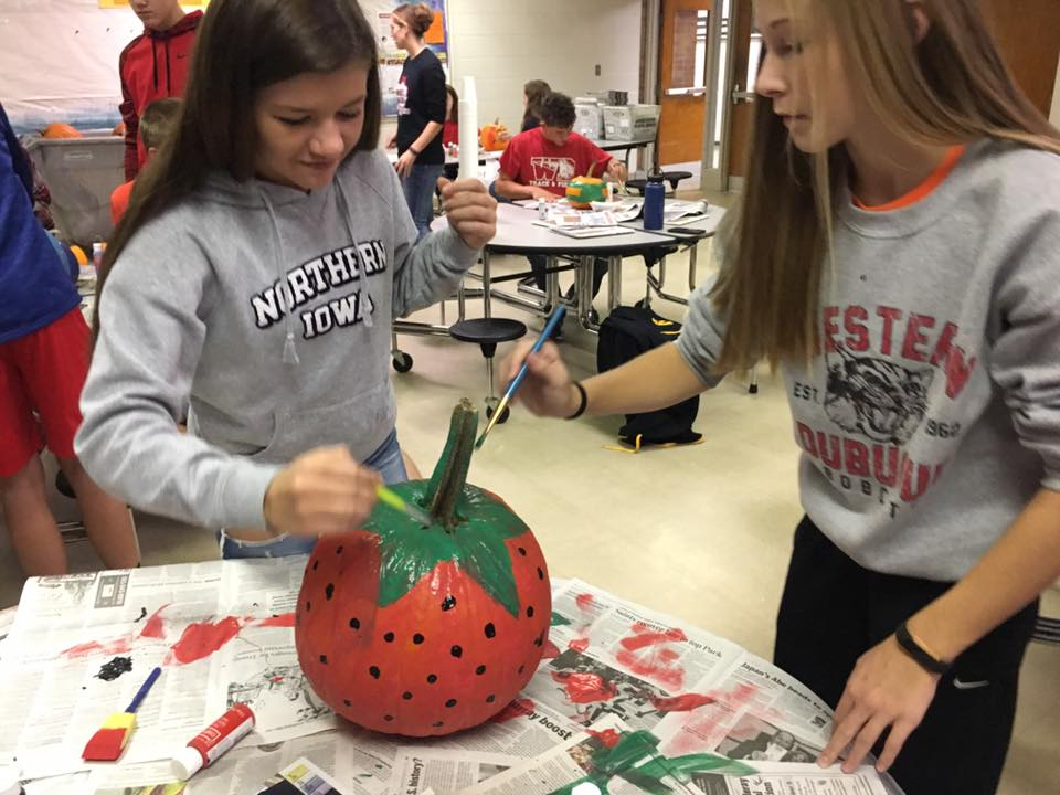 Pumpkin Painting on Bobcat Pride Day