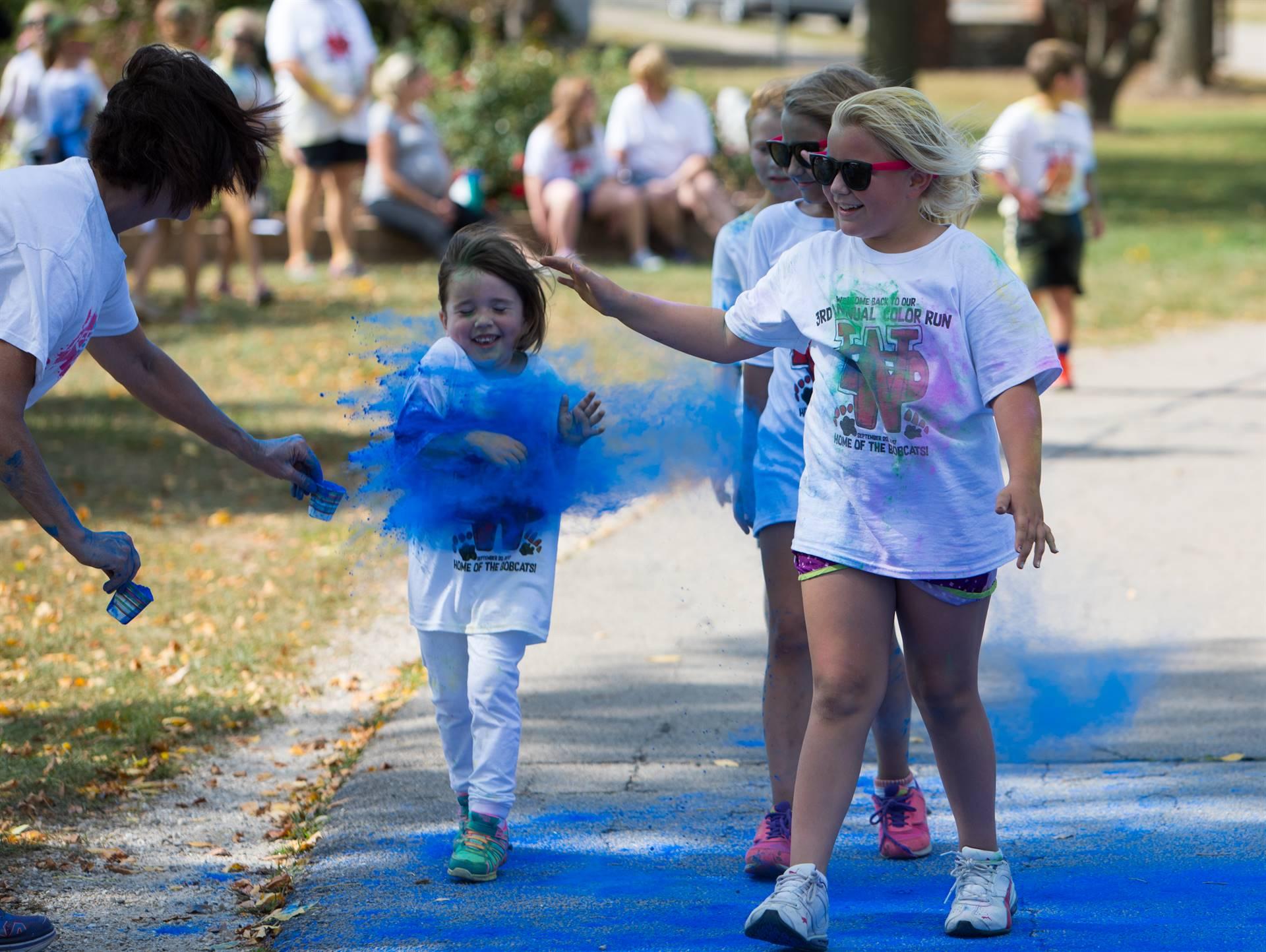 kids at color run 2