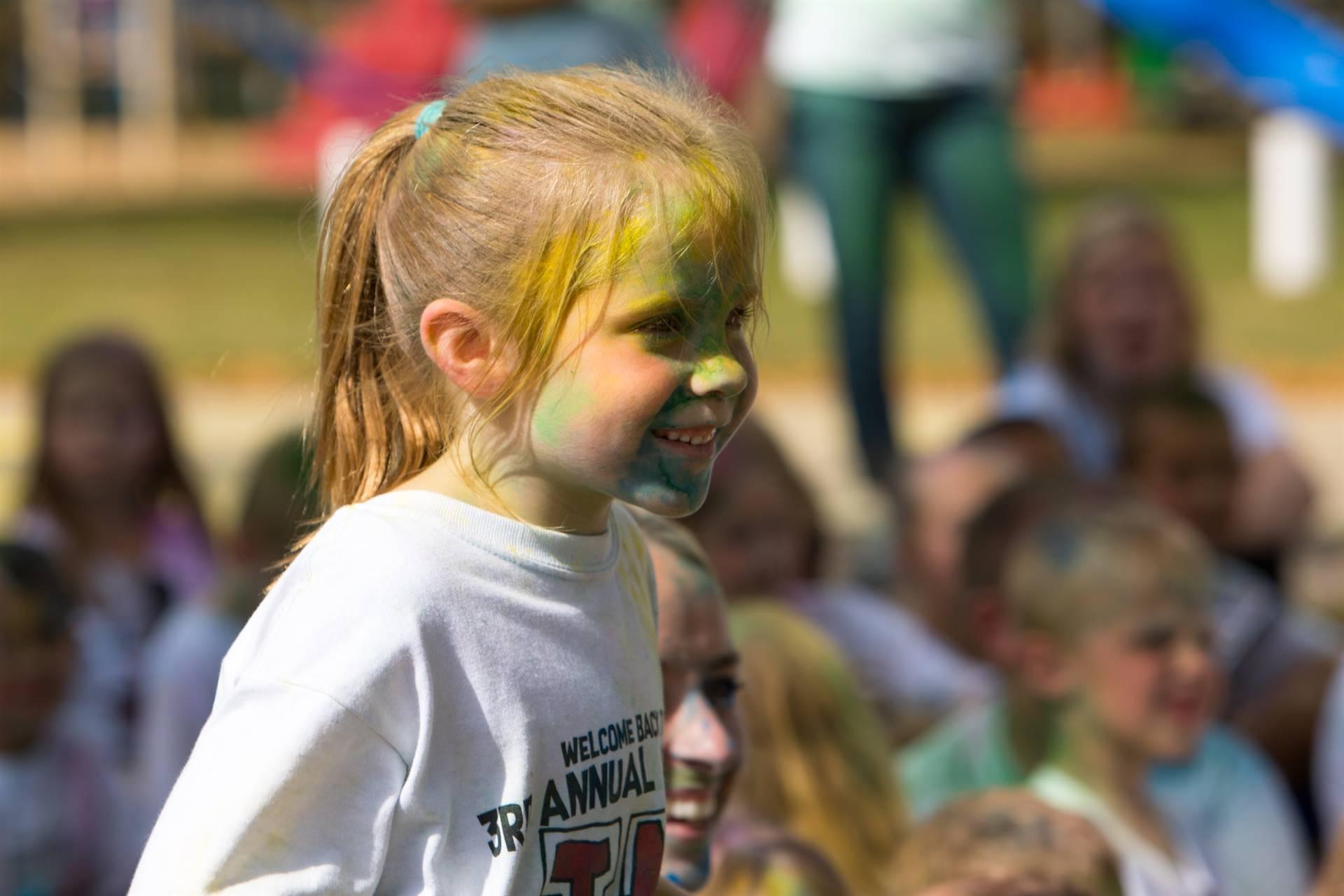 Girl 1 at color run