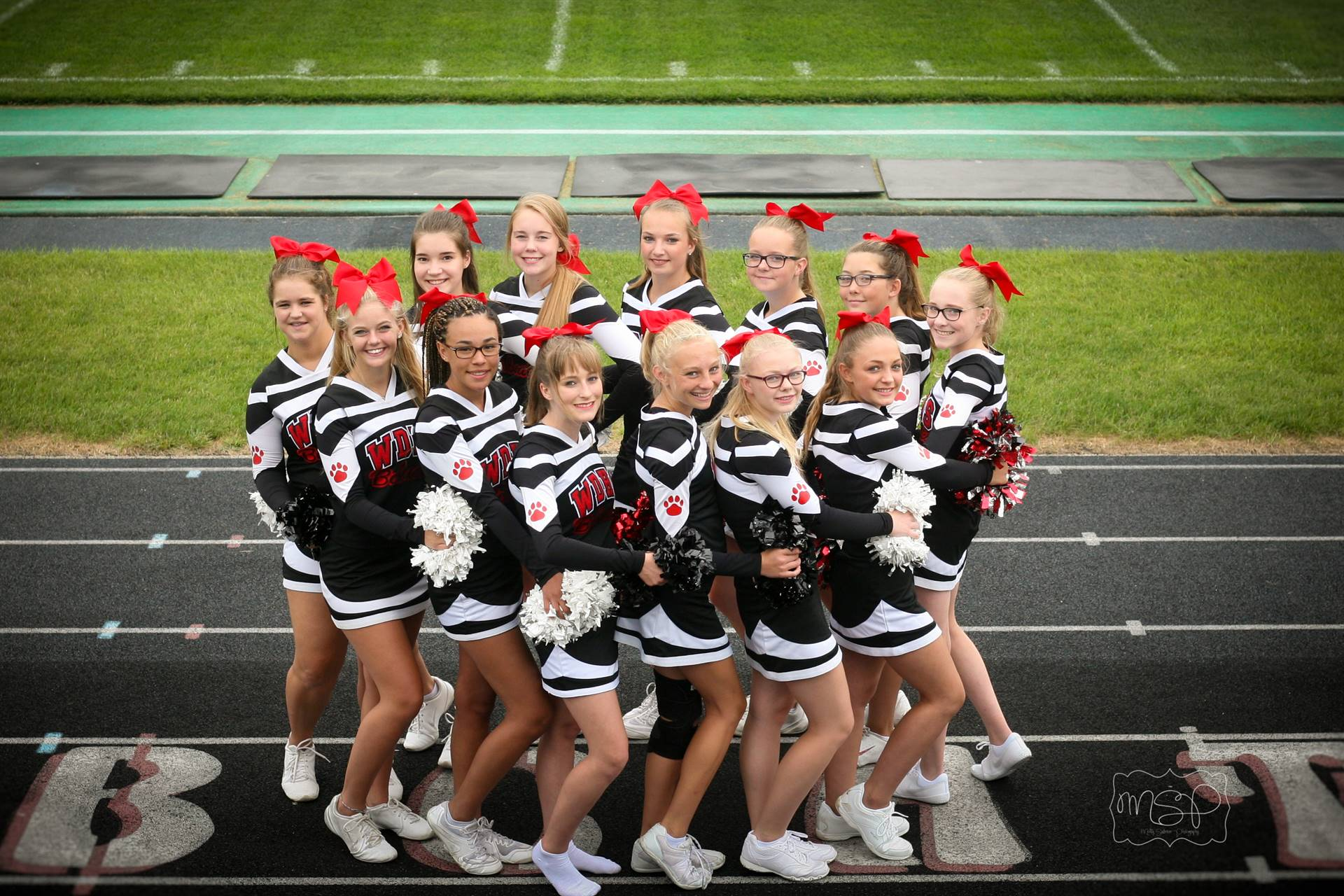 2018 Football Cheerleaders
