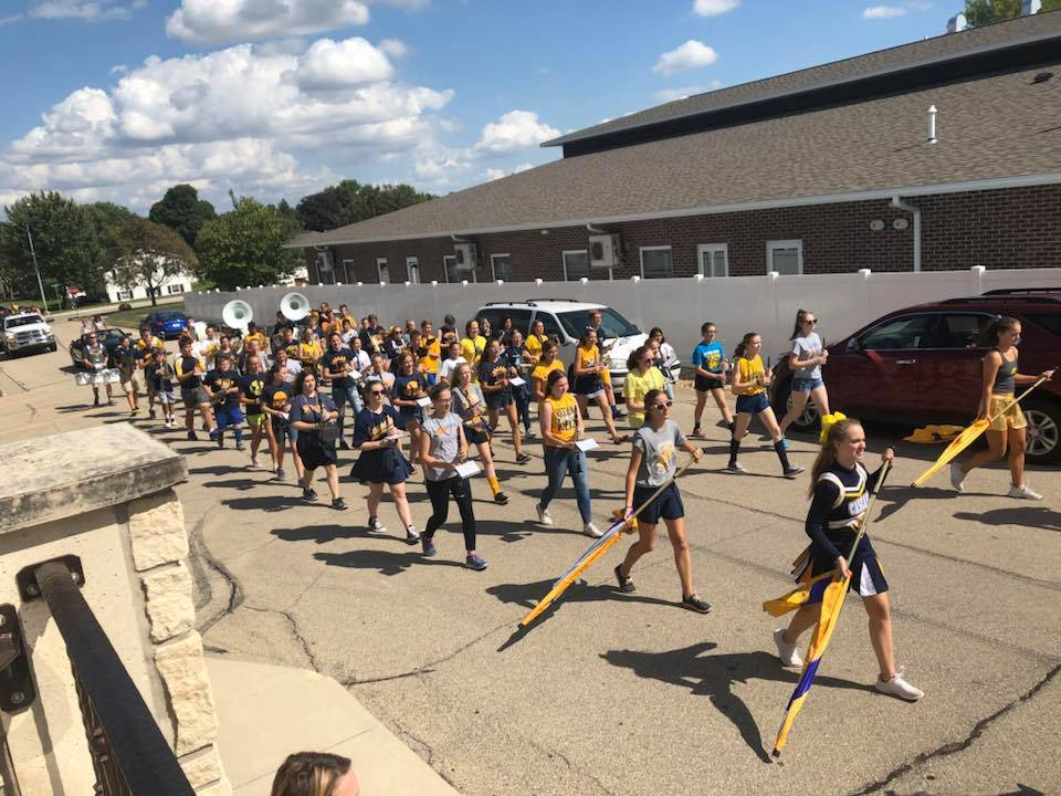 CHS Marching band in homecoming parade