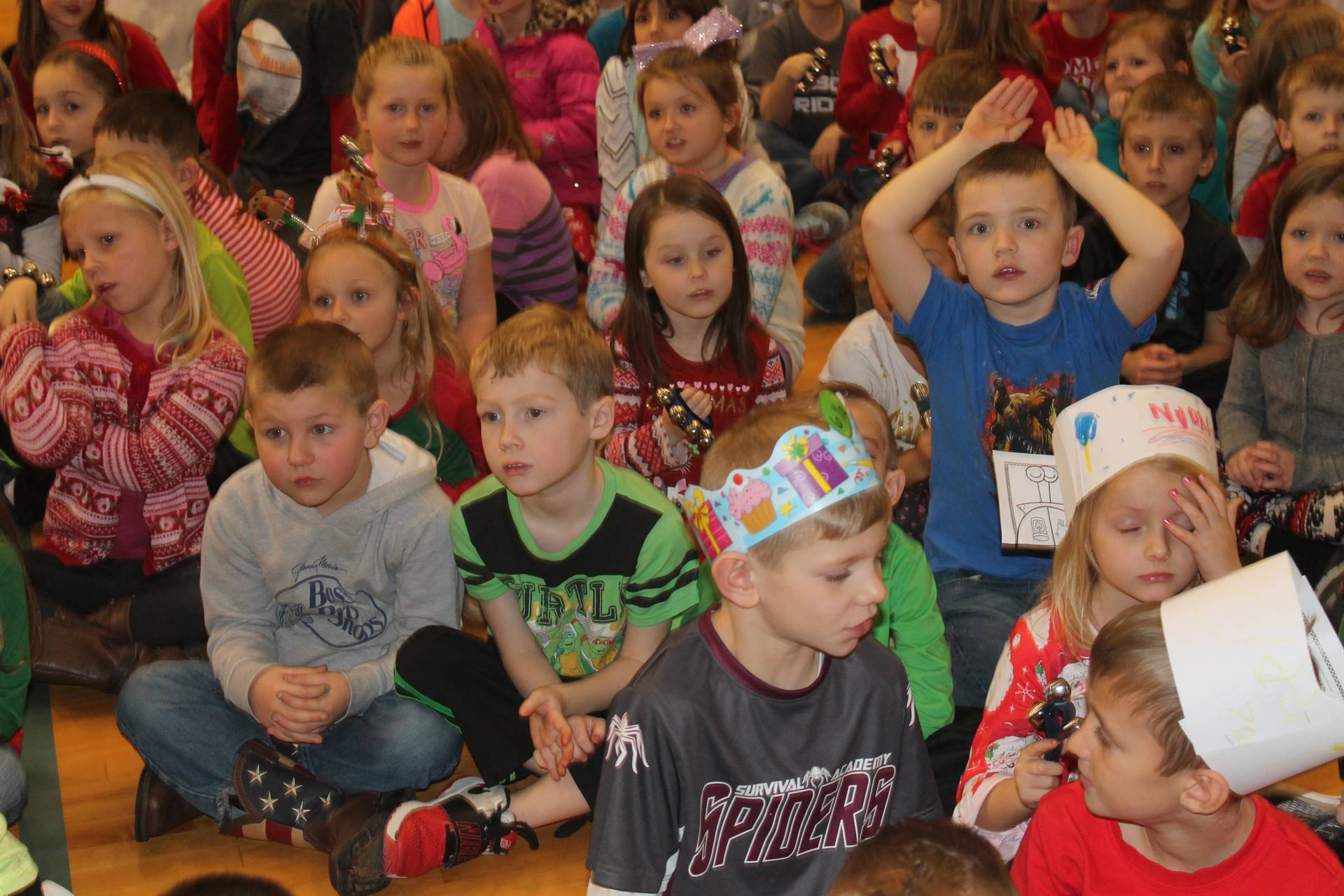 Kindergarteners sing holiday songs together
