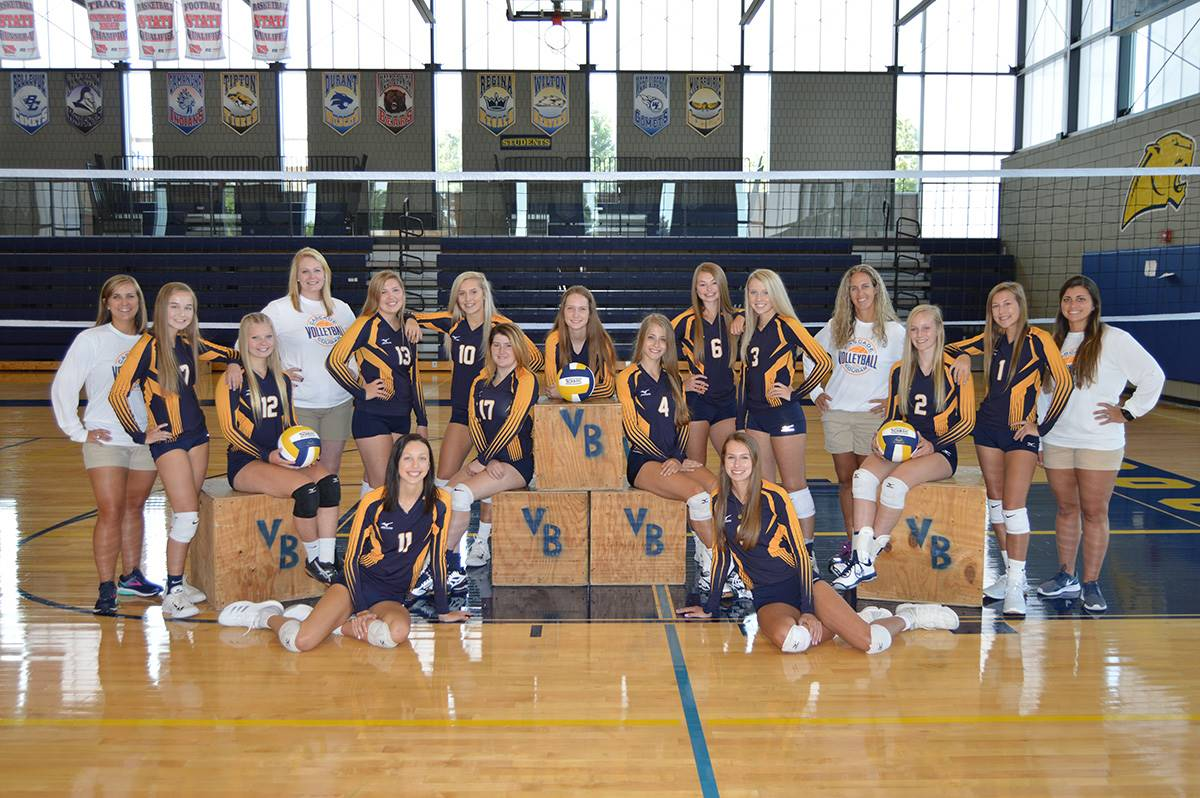 2018-2019 Varsity Volleyball team