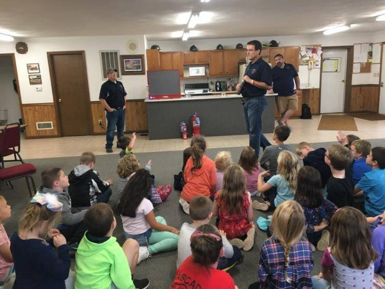 Cascade Fire Department talking to students