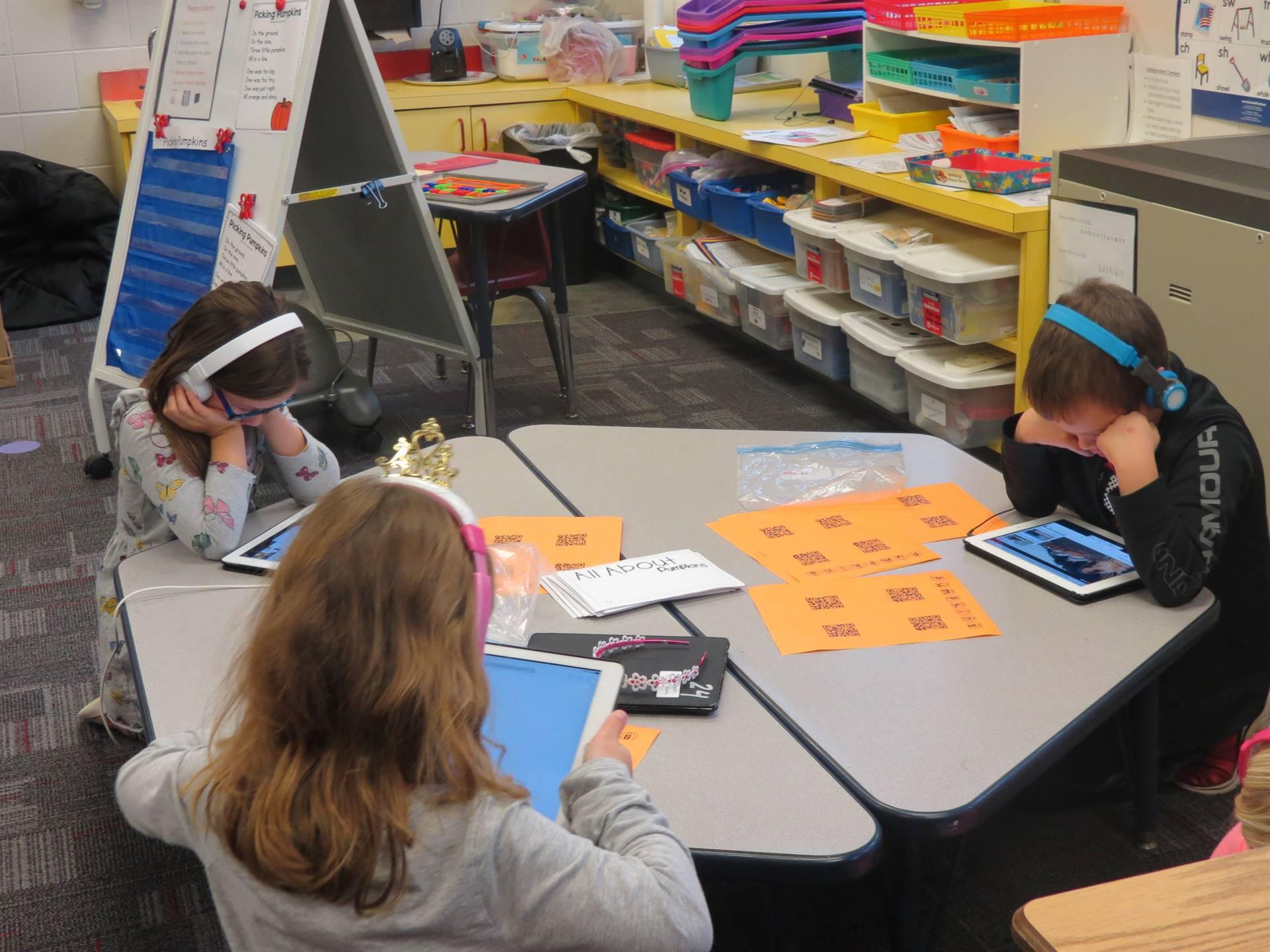 Elementary students using technology
