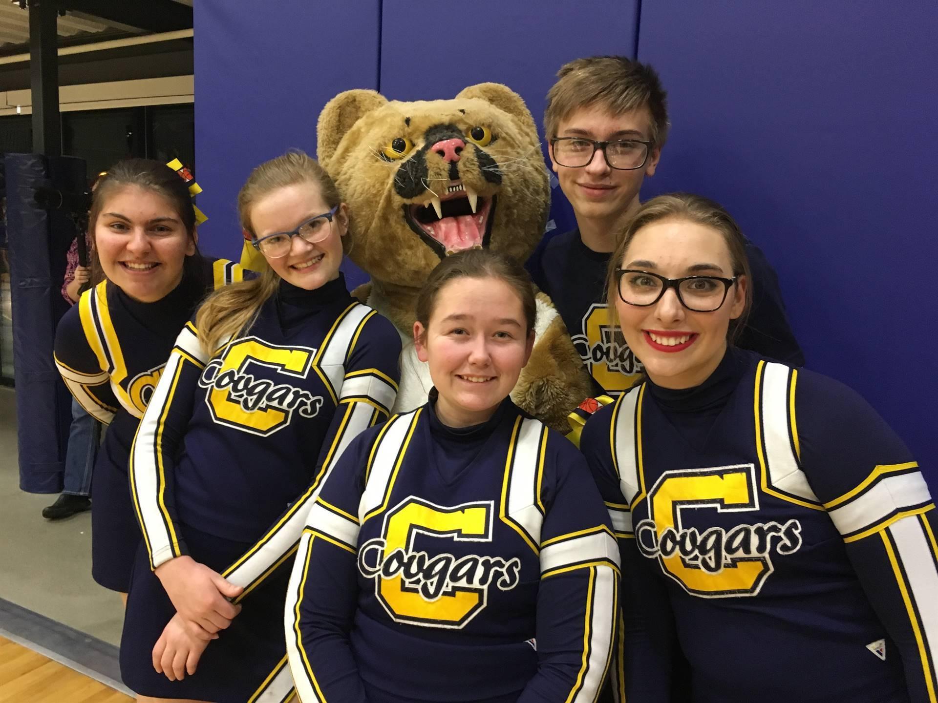 CHS cheerleaders