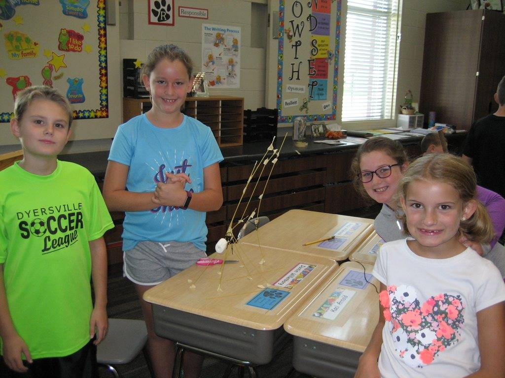 Science projects with marshmallows and toothpicks
