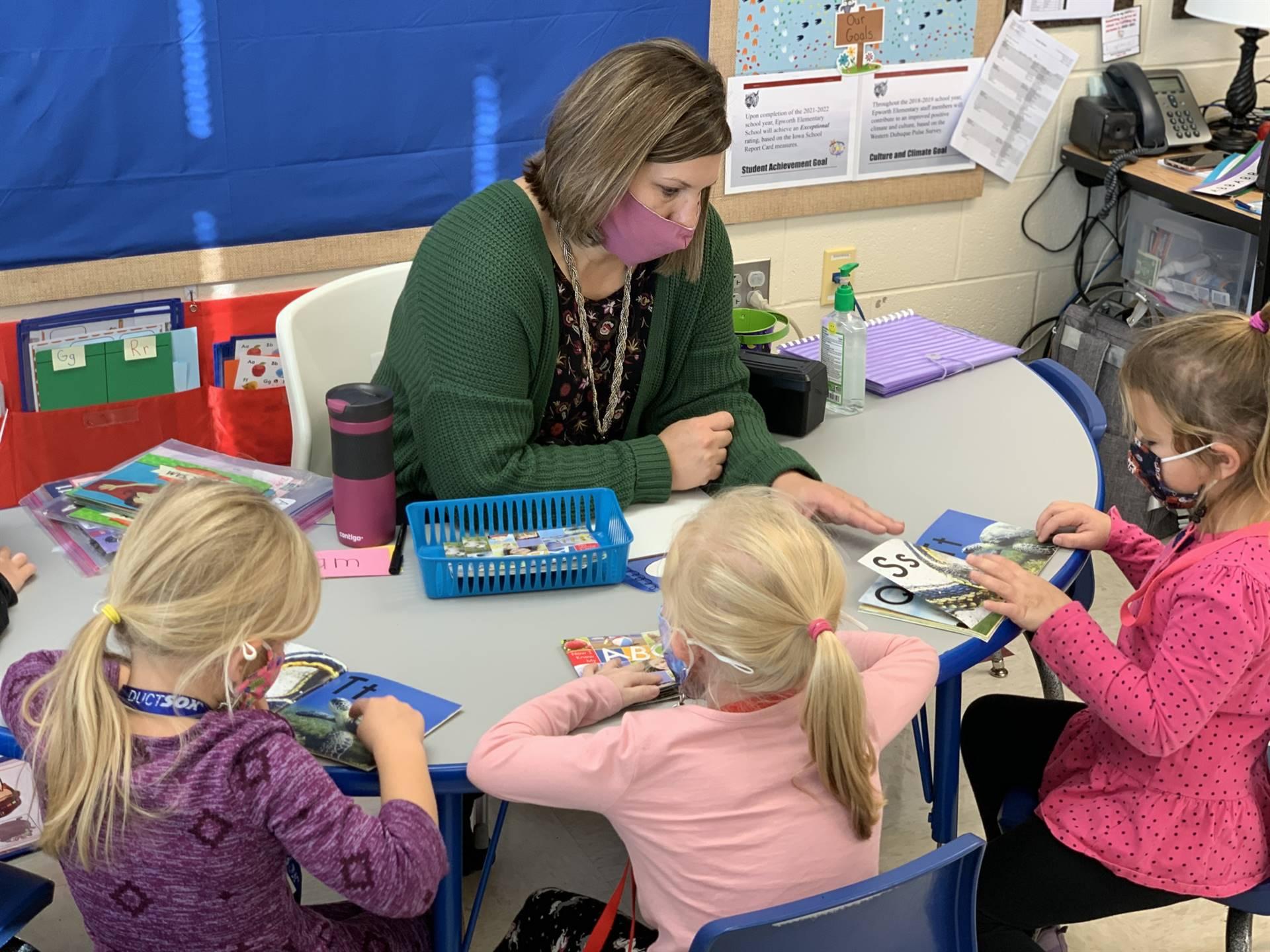 kindergarten reading group