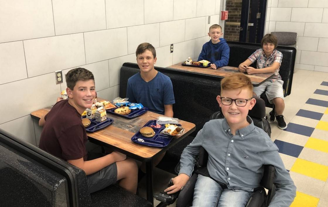 boys at lunch